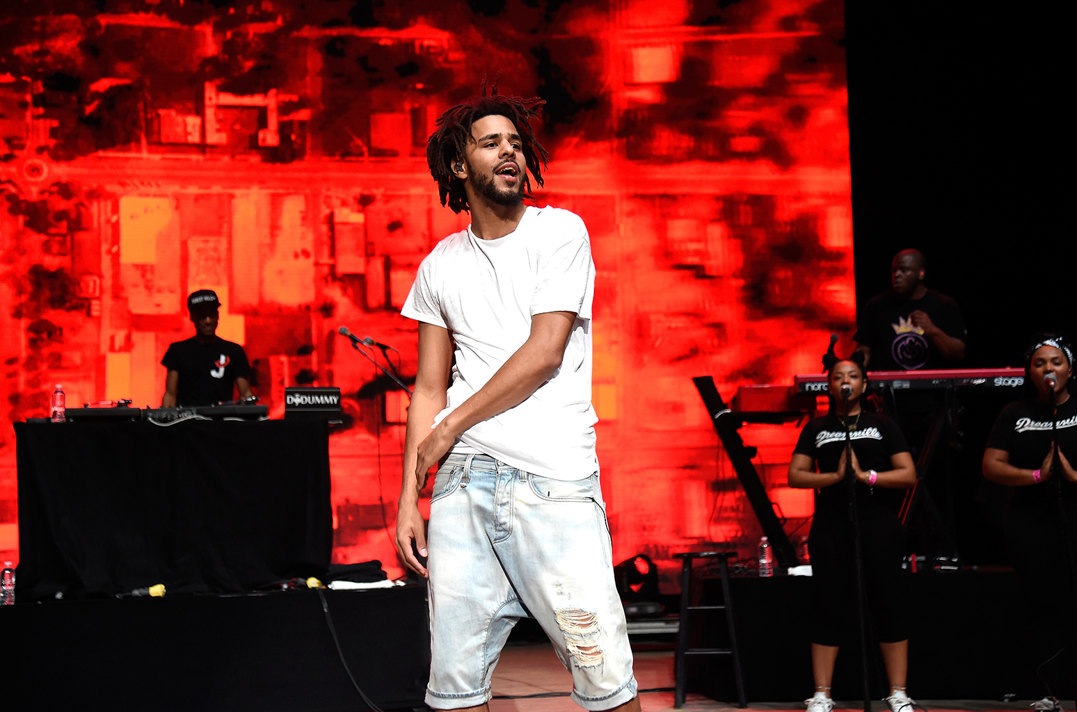 chad da don Listen To Chad Da Don X Zingah X Focalistic X DJ Venom's New 'Makasana2Sandton' Joint 01 j cole hot 100 fest performance 2016 billboard 1548