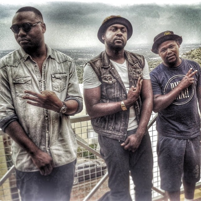 BLAKLEZ DROPS 'FREEDOM OR FAME' REMIX ft. PRO & REASON 10899400 789108444501240 1231477846 n