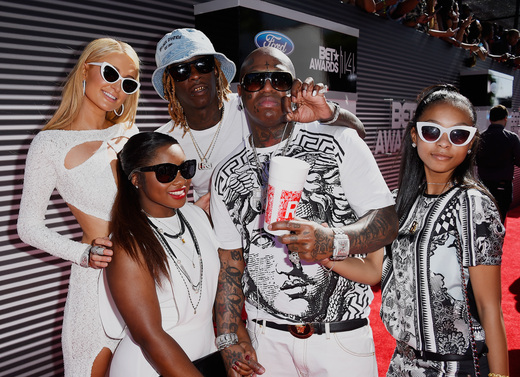 YMCMB and Mrs & Mrs Carter dominate BET awards 231847991C05034DC18732605954