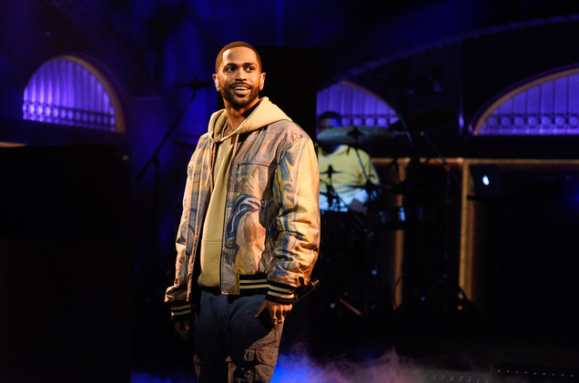 Big Sean's 'I Decided' Headed to Number One on The Billboard 200 Big Sean performs on SNL Jan 21 2017 billboard 1548 1