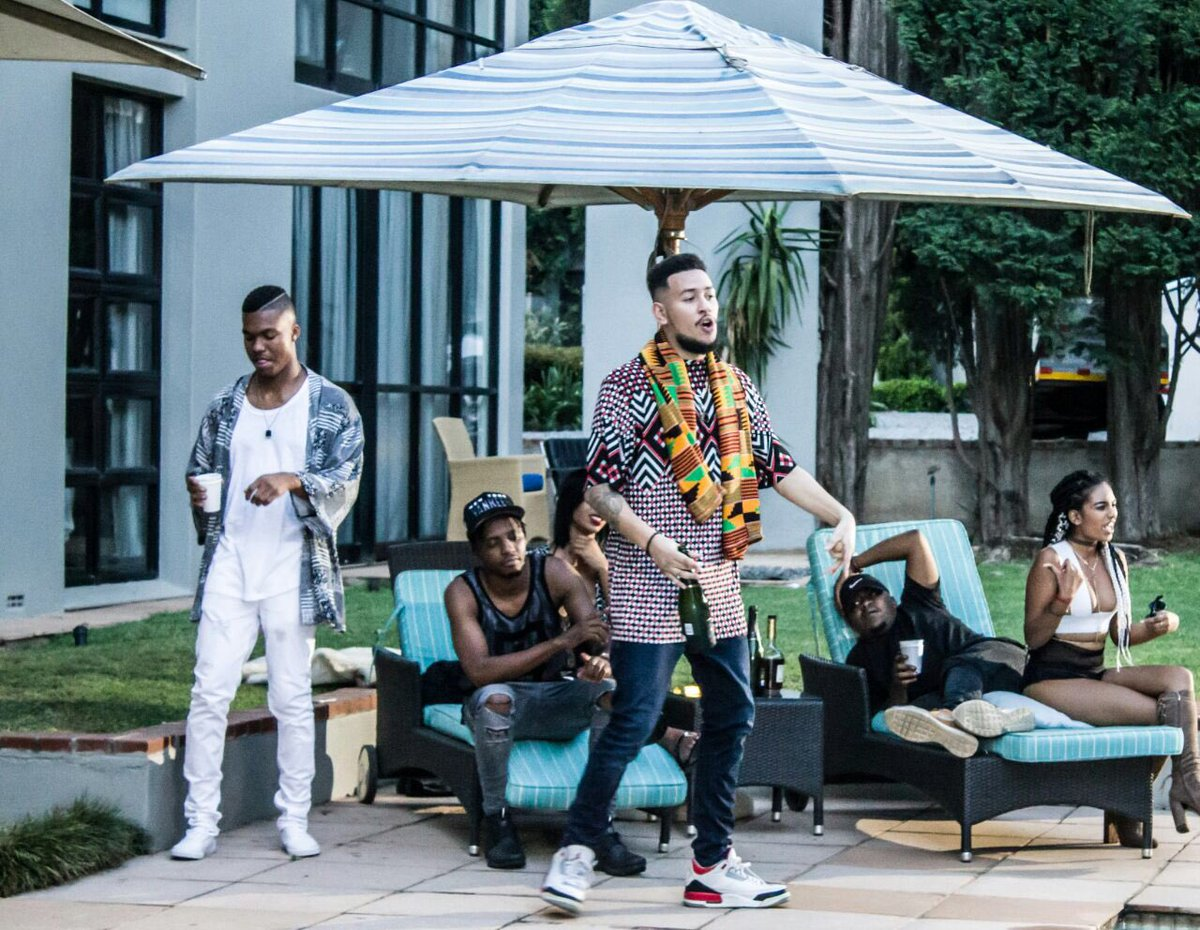 DJ Sliqe Drops 'Bay 2' Music Video Ft. AKA, Yanga & JR [Watch] C2XWReaWEAAidku