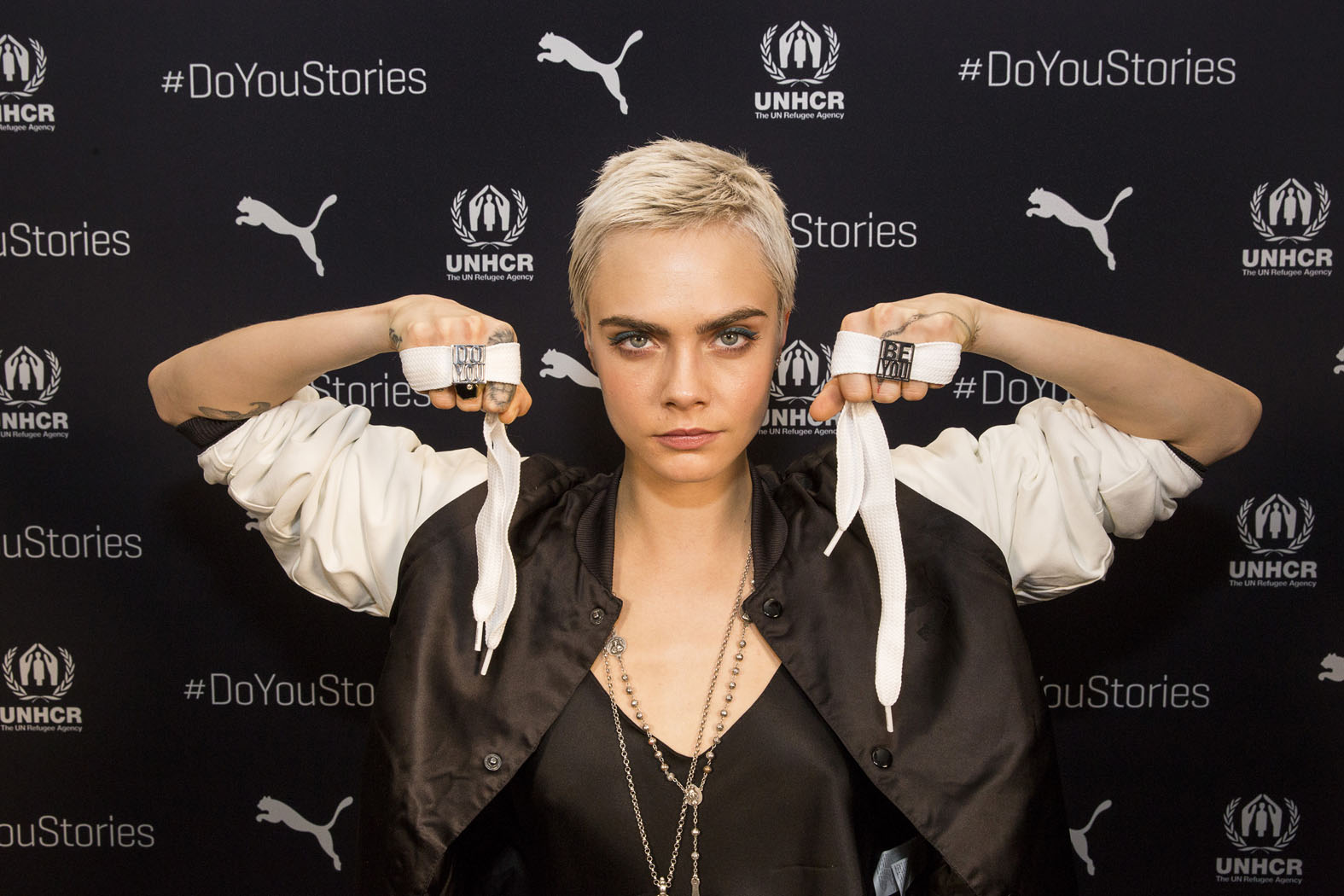 Big Sweater, Don't Care! DoYouStories CaraDelevingne Laces lo