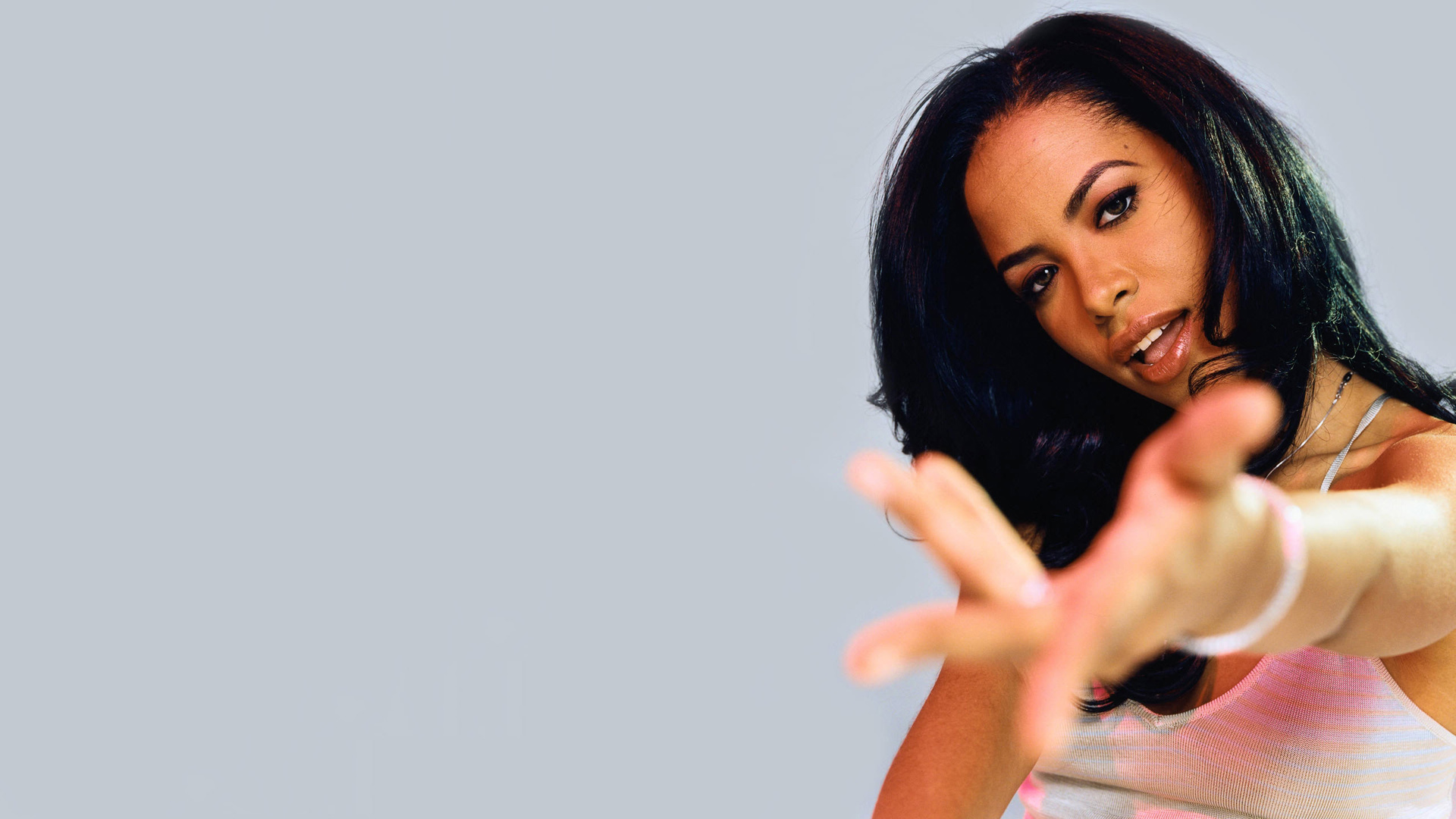 Aaliyah's Hits Are Now Temporarily Available On Apple Music [Listen] aaliyah 53c93ac55cdb5