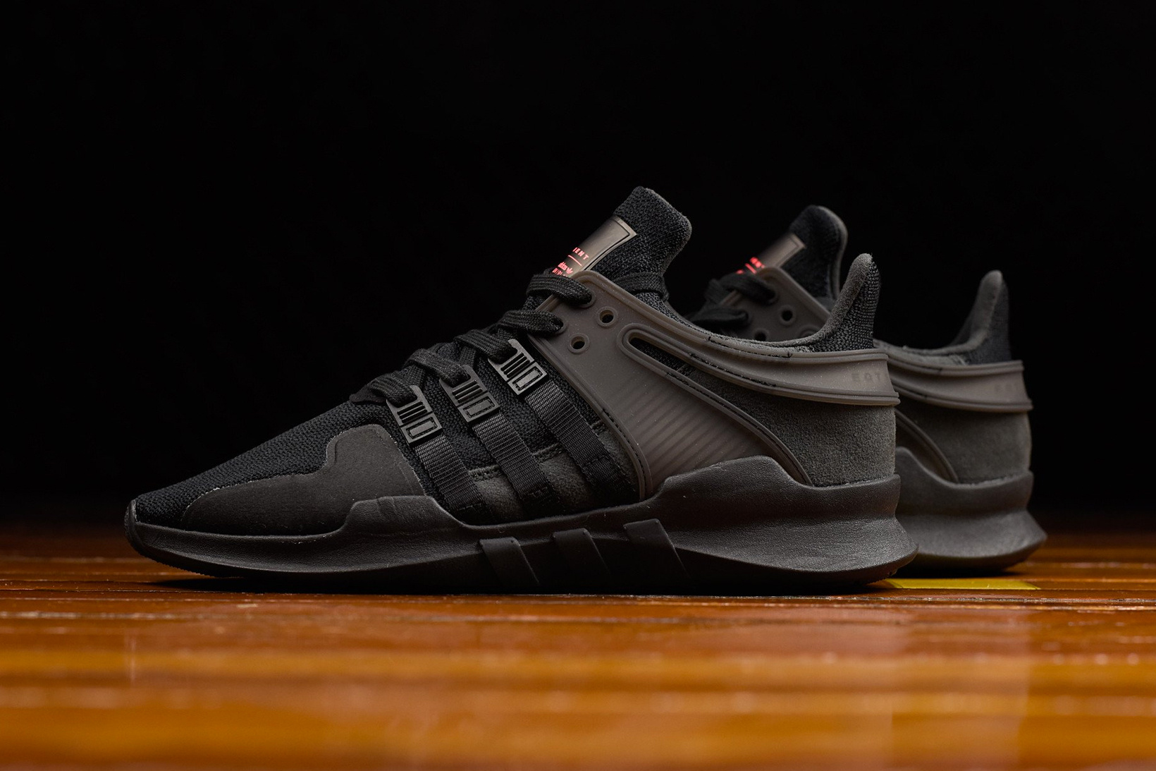 aka AKA Scores Nickelodeon Kids' Choice Awards 2019 Nomination adidas eqt support adv shadow 1