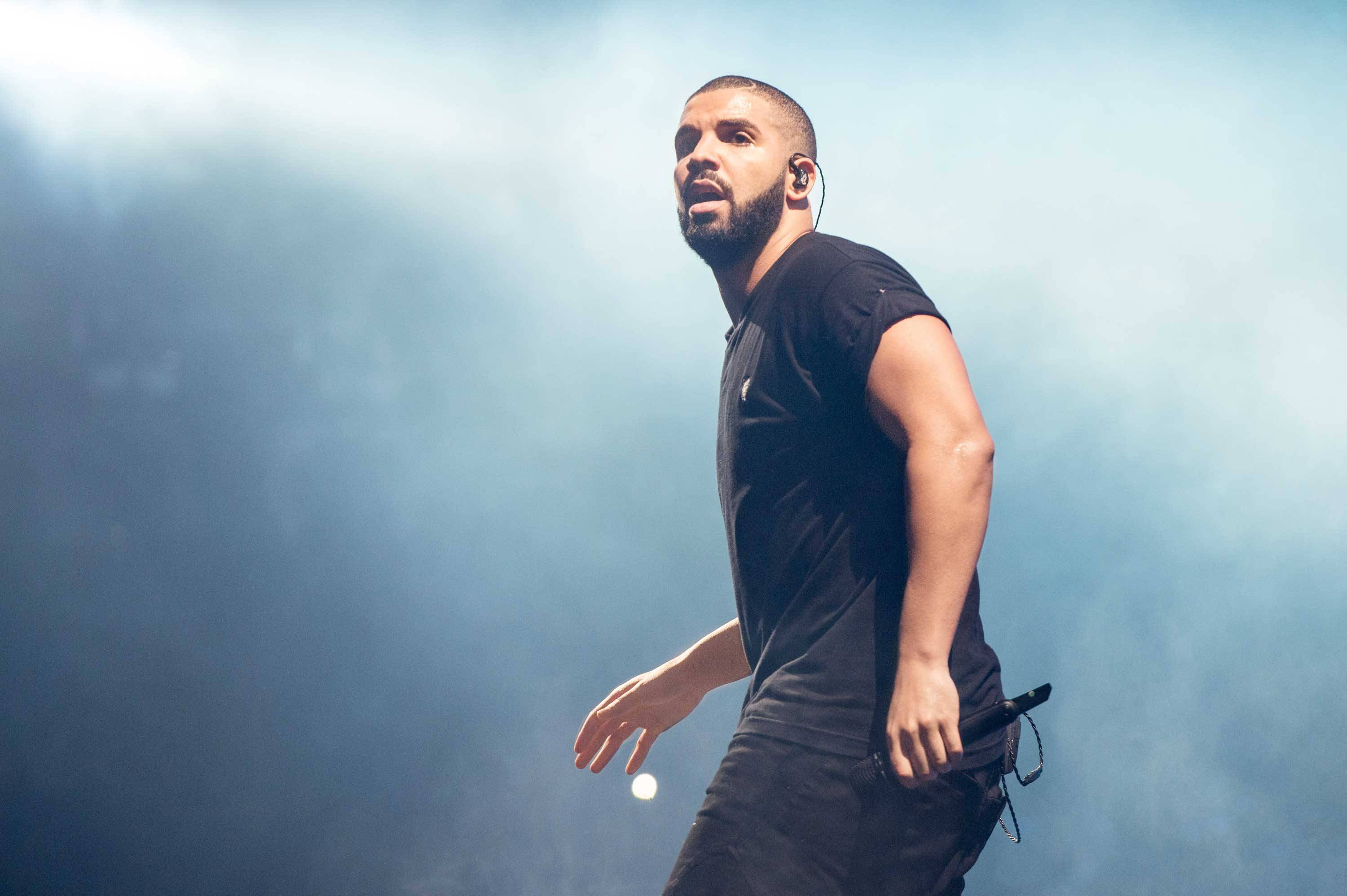 Drake Jumps On Mike WiLL Made-It & Trouble's 'Bring It Back' Joint [Listen] drake views from the six new album rapper 1