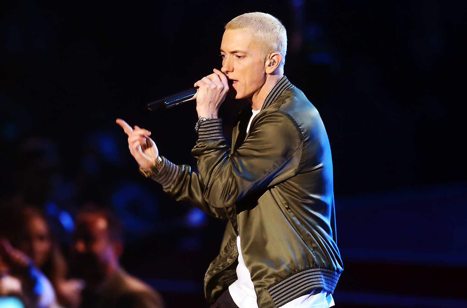 Peep Eminem's 'Revival' Album Tracklist eminem perform on mtv awards 2014 billboard 1548