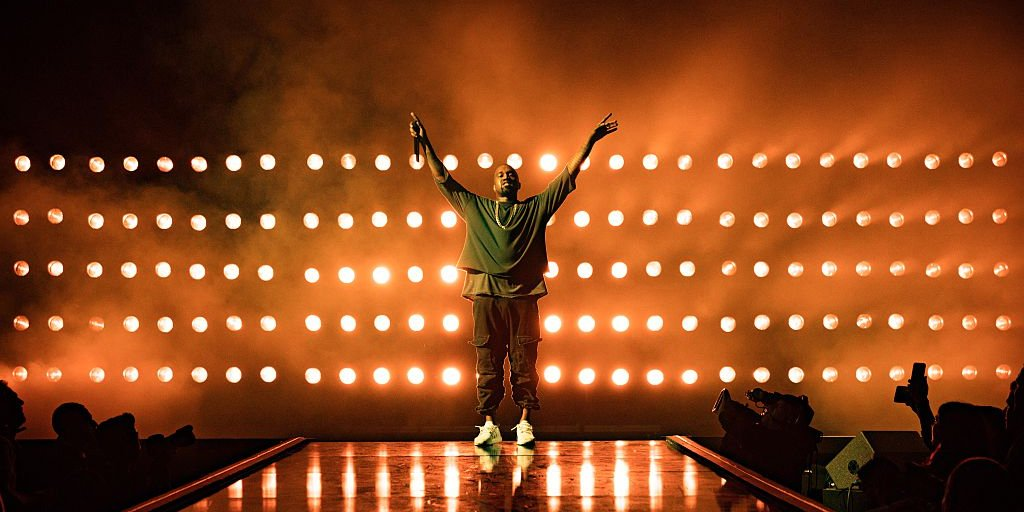 Kanye West Stops Show After Kim Was Held At Gunpoint In Paris [Watch] if you cant stream kanyes release party on tidal try this trick