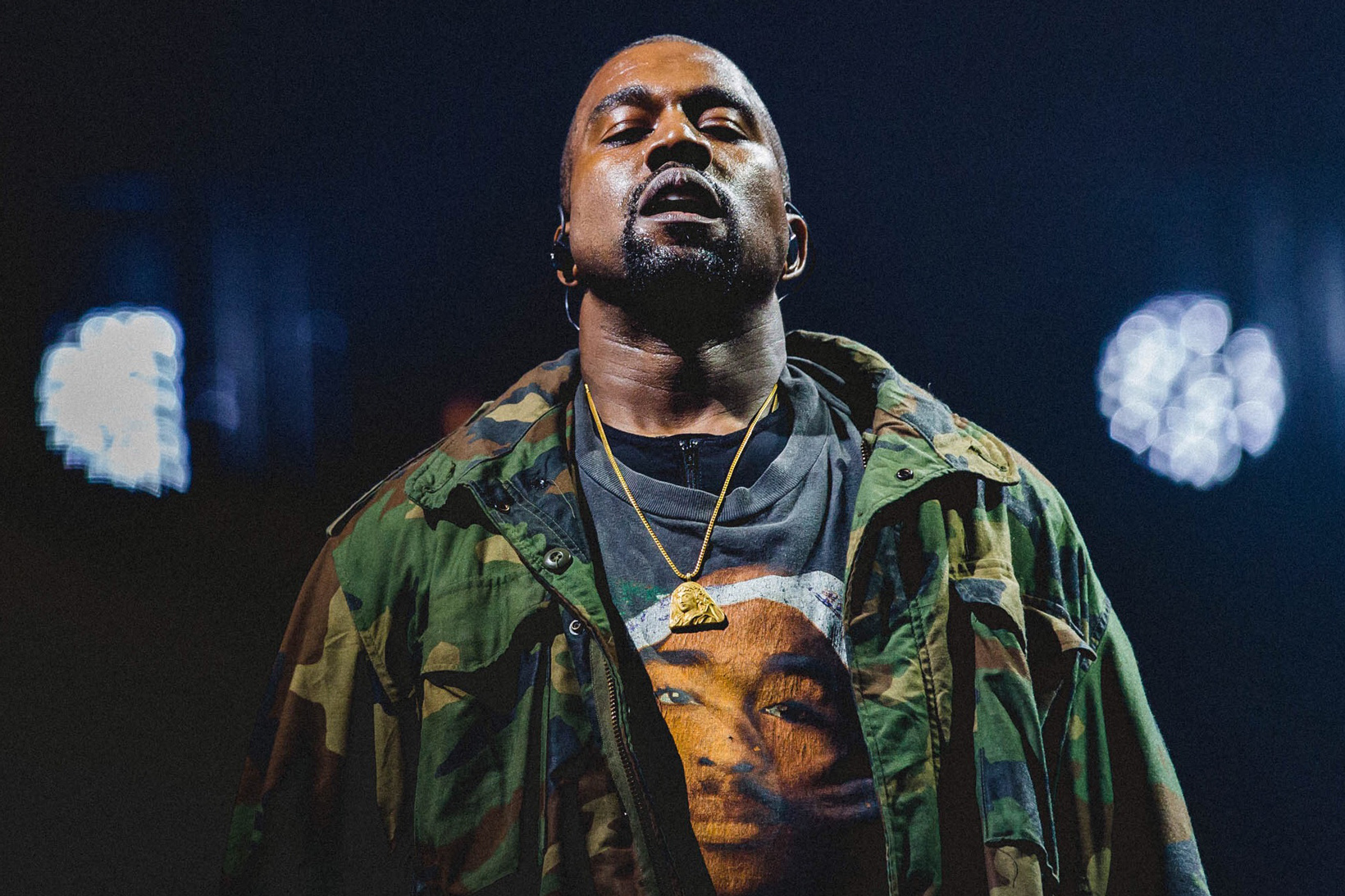 Kanye West Wants To Record Some New Music From His Hospital Bed kanye west 2016 mtv vmas 1