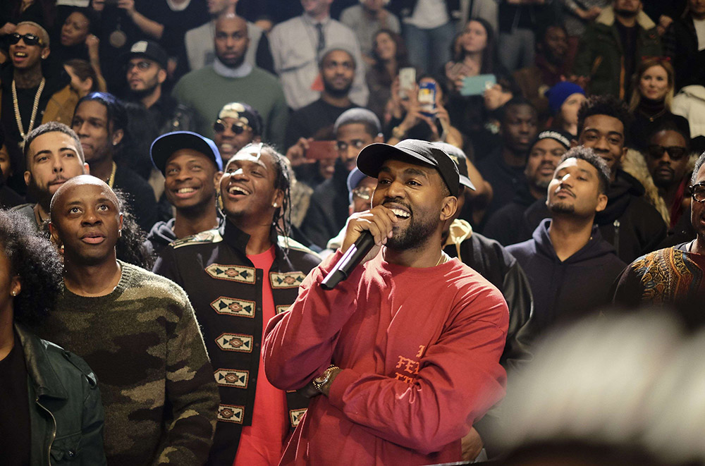 Kanye West's 'The Life Of Pablo' Becomes First Ever Streaming (only) Album to Hit Platinum le nouveau kanye west c etait au cinemaM304334