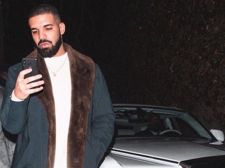 [object object] Drake Has Become The First Artist To Hit 1 Billion Streams In A Week Drake 790x592