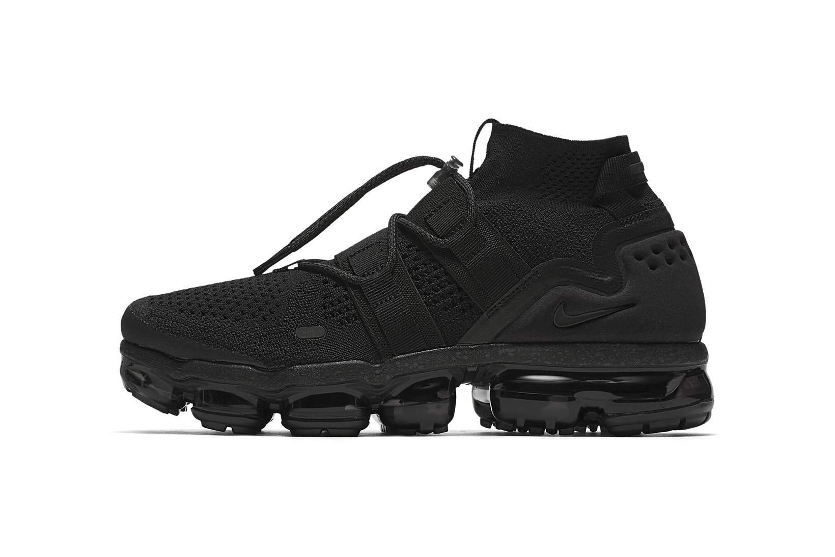 Nike Trail-Inspired Air VaporMax Flyknit Utility 'Maximum Black' [SneakPeak] nike air vapormax flyknit utility maximum black release 1