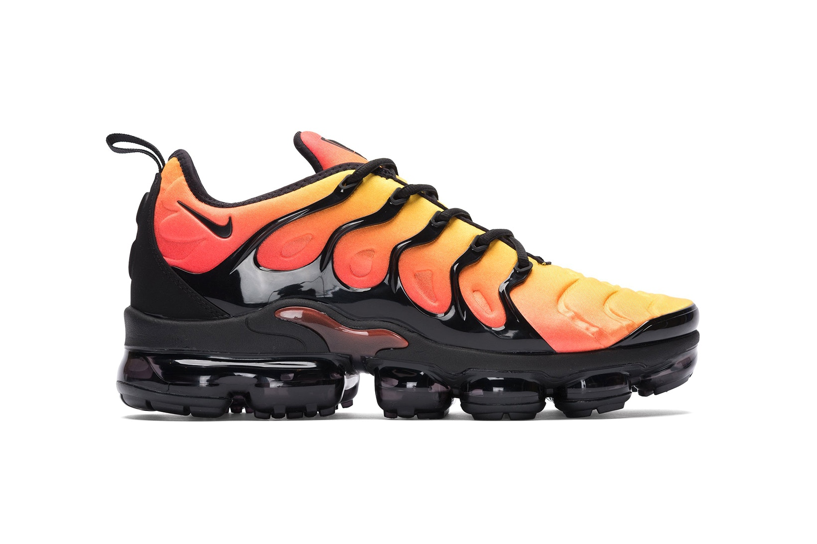 nike air max vapormax plus be true
