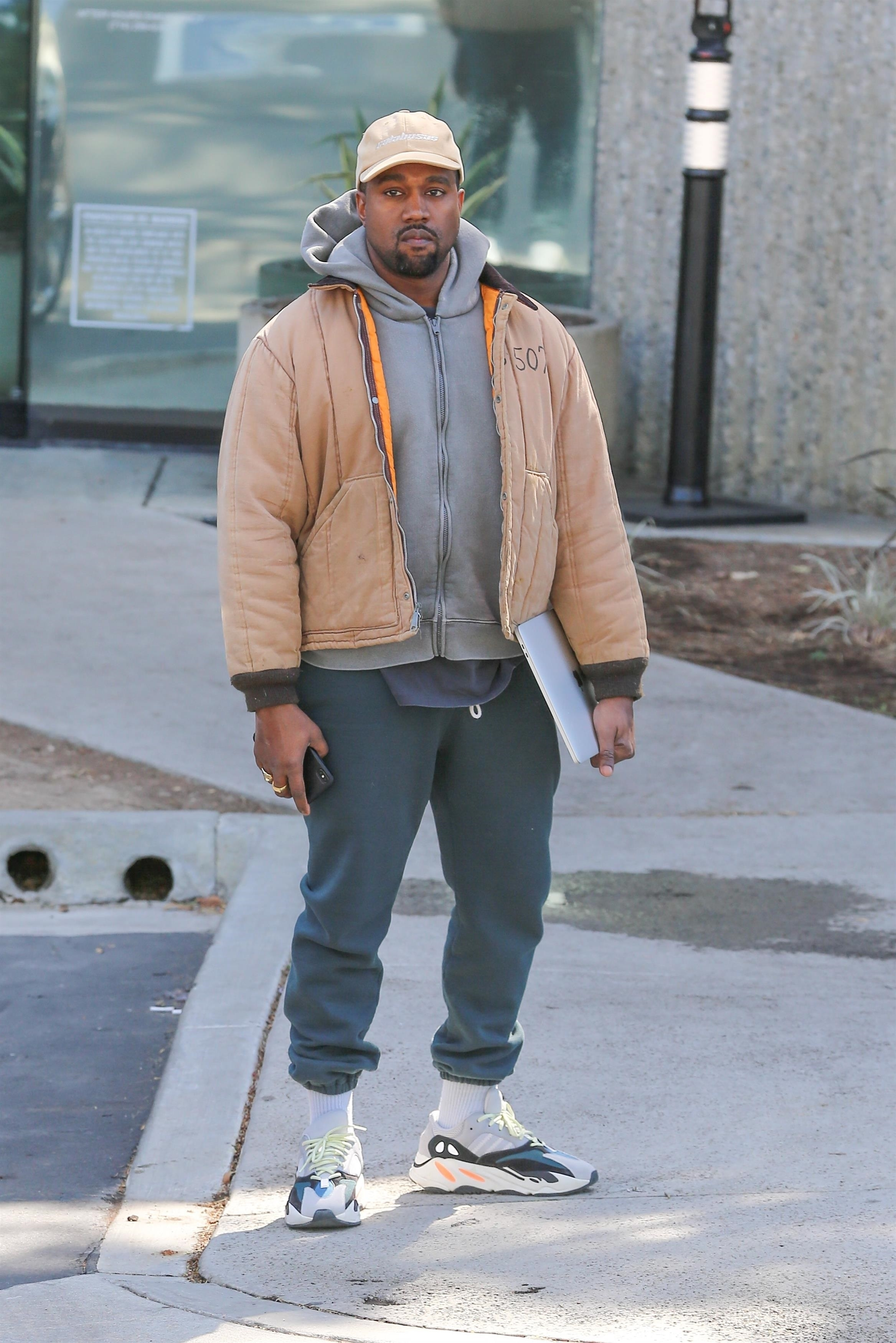Kanye West Linked Up With Rick Rubin In Studio On Easter BGUS 1152578 017