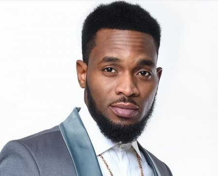 d'banj D'banj's One-Year-Old Son Dies After Drowning In Swimming Pool 133564 aaa1691aa4cd036320f5a98630d90c2b