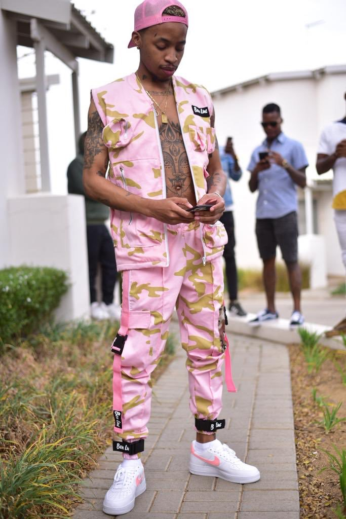 Watch Tshego Show The Making Of Pink Panther, The Album On 'THE PROCESS' Ep.1 DnJJS6eXoAAIPnT