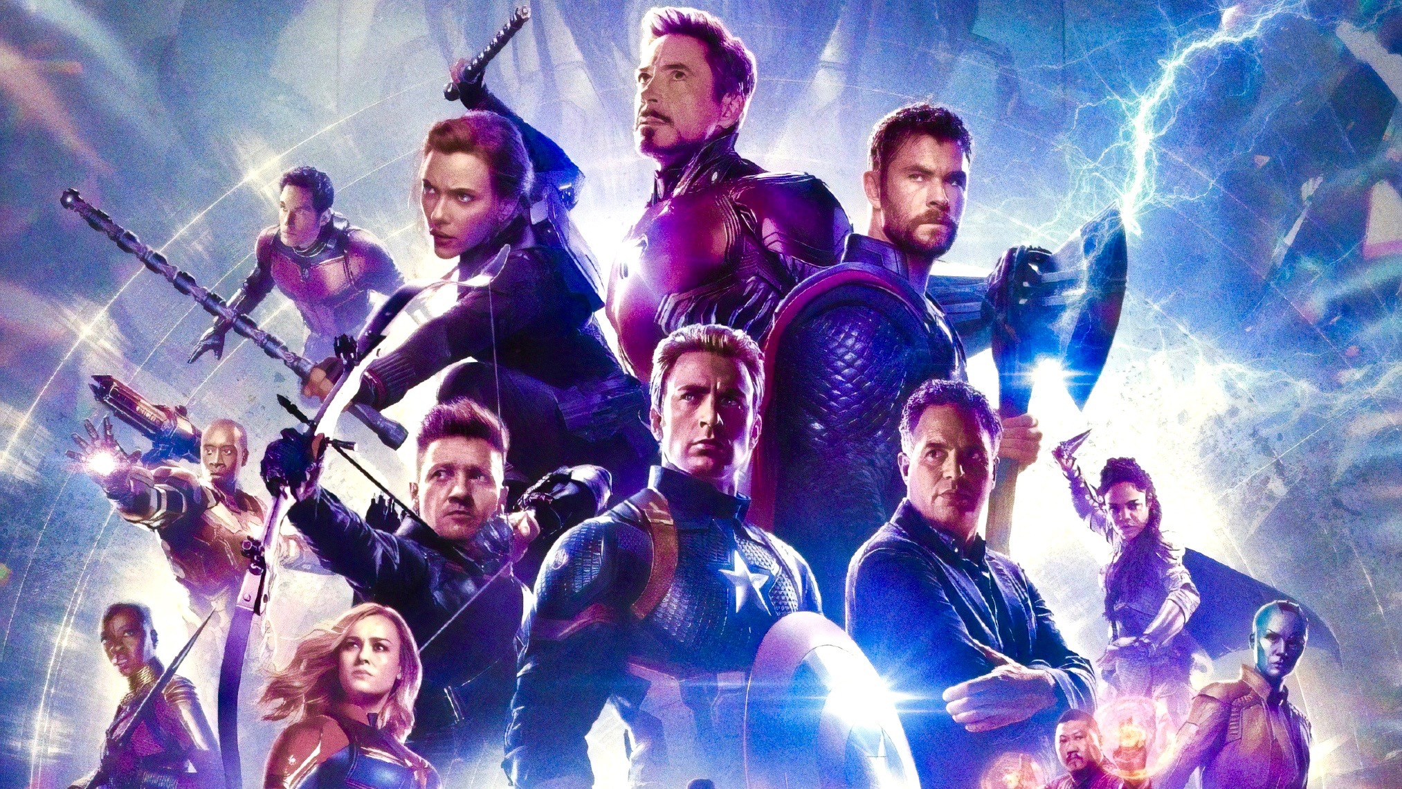 avengers: endgame 'Avengers: Endgame' Officially Beats 'Avatar' as Highest-Grossing Film of All Time Avengers Endgame Chinese poster